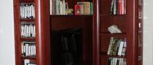 Privátní byt - knihovna a šatna